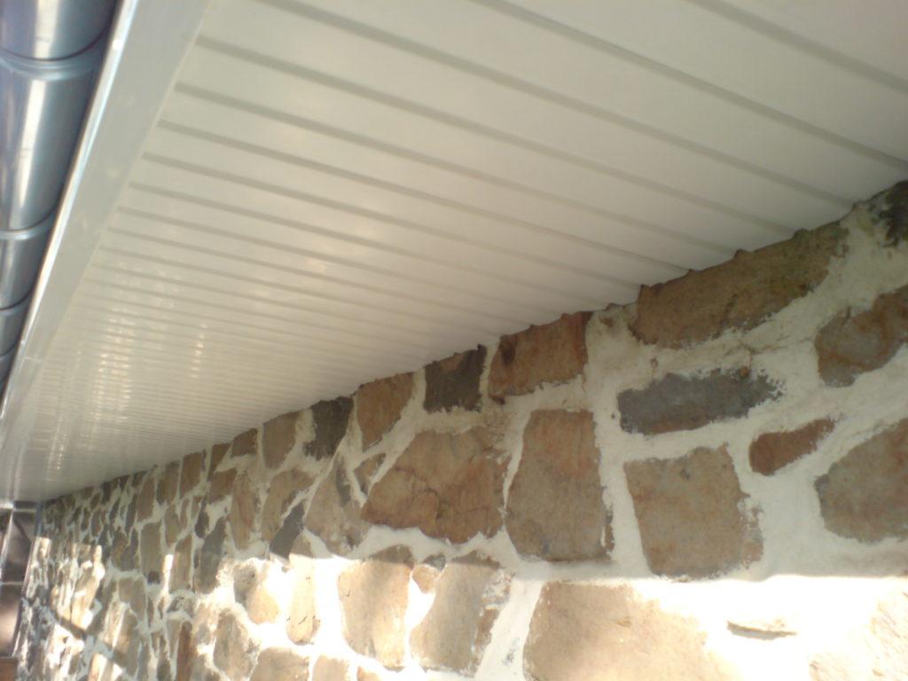 Lambris sous toiture PVC blanc Correze