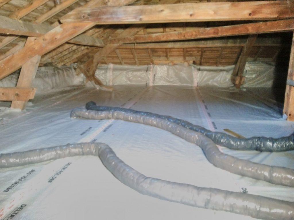 Préparation pare vapeur isolation plancher des combles