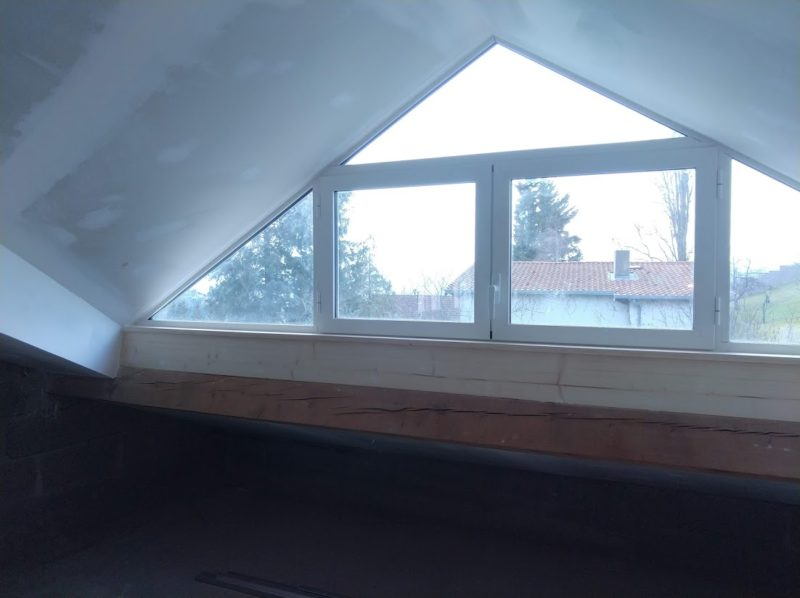 Création fenêtre de toit houteau